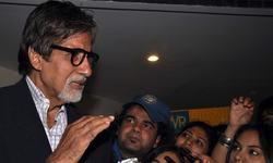 Amitabh served court notice, says Sikh group