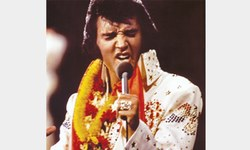 Elvis returns  to Las Vegas