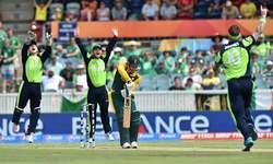South Africa bats first against unbeaten Ireland