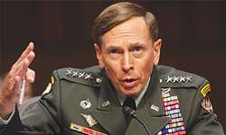 Petraeus makes plea deal, admits affair