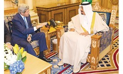 Kerry seeks to ease Arab concerns over Iran deal