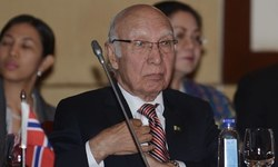 Sartaj Aziz admits no breakthrough in talks with India