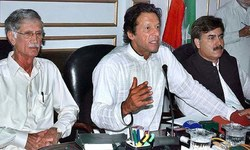 Imran accuses PML-N, PPP of rigging Senate elections