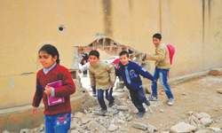 Aid workers voice frustration as Syria conflict enters fifth year