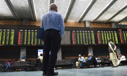 721-point fall takes index below 30,000 barrier