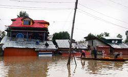 جموں و کشمیر میں شدید بارش اور سیلاب سے تباہی