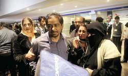 Over 300 Pakistanis evacuated from Yemen are back home