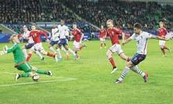 Brazil sink Chile, France beat Denmark