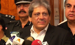 Governor Sindh welcomes PTI decision for Karachi rally