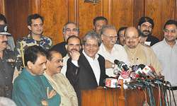 Political ceasefire between Muttahida and PTI, for now