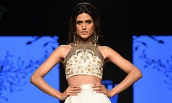 Fashion Pakistan Week Day2: Zaheer Abbas comes out on top