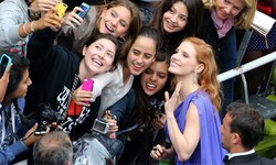 کانز فیسٹیول میں سیلفی لینے پر پابندی عائد