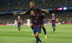 Neymar double eases Barcelona past PSG, Bayern routs Porto 6-1