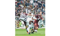 Title party on hold as Juve  suffer rare derby defeat