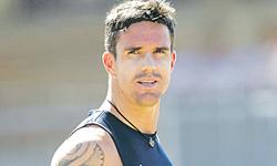 Pietersen fastest man to reach 1,000 first-class runs