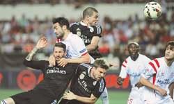 Ronaldo keeps La Liga title race tight