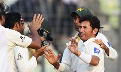 Pakistan push for win in Dhaka Test