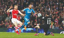 Resilient Sunderland secure EPL status with Arsenal stalemate