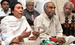 PPP counsel objects to IHC judge hearing Naheed Khan's petition