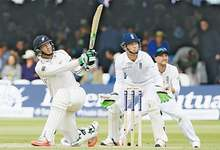 New Zealand make toothless England toil