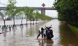 Floods claim 57 lives in China