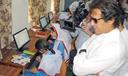 Centre delaying completion of projects in KP, says Imran