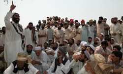 Authorities ask tribal clan to pay for Taliban crimes