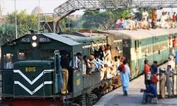 Railways losses surge to Rs32.5bn