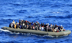 135,000 refugees reached Europe by sea