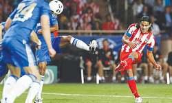Chelsea sign Falcao on loan