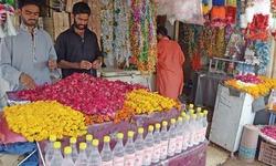 Flower business undergoes change on Eid