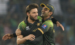 Out-of-form Afridi, embattled Hafeez induce selectors' quandary