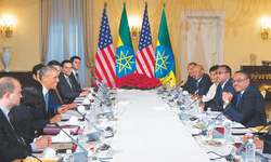 Obama pushes for peace in South Sudan