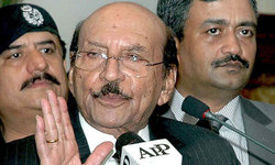 Qaim praises army for relief work, slams Centre for non-cooperation