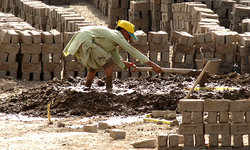 Brick kiln workers' sit-in for minimum wage
