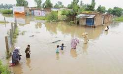 11 die in KP as number of people marooned in Sindh increases