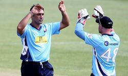 Hosting PSL abroad will kill cricket in Pakistan: Azhar Mahmood