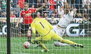 Swansea end United's unbeaten start