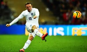 Waning Rooney on brink of England history