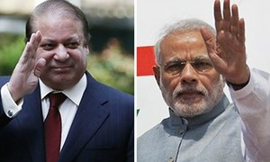 A Nawaz-Modi smile and wave create a new kind of controversy