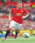 Shaw returns to training