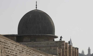 Israel lifts restrictions at Jerusalem's Al-Asqa
