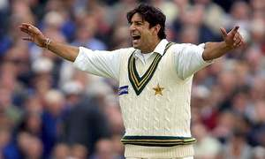 Cricket Classics: Wasim, Waqar and Saqlain trigger stunning England collapse