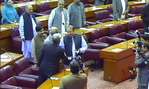 PM's presence in NA does little to quell squabbling