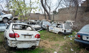 How Peshawar policemen get away with driving 'borrowed' luxury cars