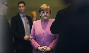 End of Europe? Berlin, Brussels' shock tactic  on migrants