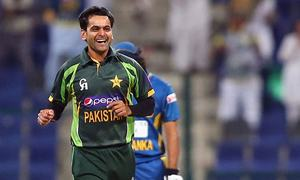 Pakistan Super League to uphold Hafeez's bowling ban