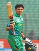 Umair's ton in vain as WI stun Pakistan to reach semis