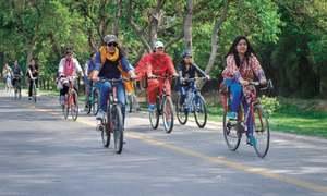 Girls on bikes reclaiming the city