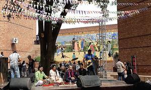 Music fraternity talks, sings at LMM-2016